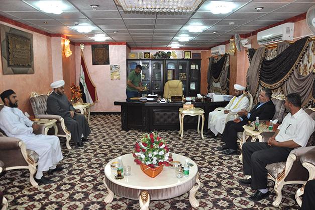 أوقاف المنطقة الجنوبية تستقبل عضو مجلس محافظة البصرة أمين منصور (2)