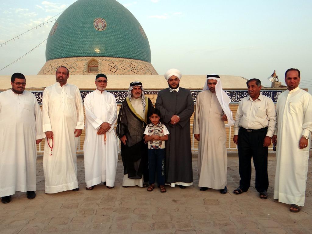 مدير أوقاف المنطقة الجنوبية يزور مرقد السيد احمد الرفاعي (1)