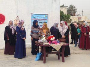 قسم الإرشاد الاسلامي يزور متوسطة الأنوار ويوزع الهدايا على الطالبات (1)