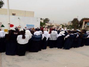 قسم الإرشاد الاسلامي يزور متوسطة الأنوار ويوزع الهدايا على الطالبات (2)