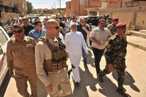 الدكتور الهميم يقود حملة مساعدات كبرى لإغاثة العوائل في مركز مدينة الموصل بمناسبة شهر رمضان المبارك (1)